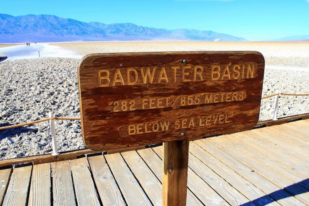Badwater_basin_sign