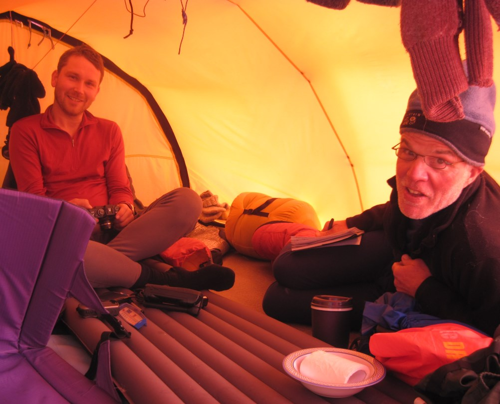 Lars and Tom in tent
