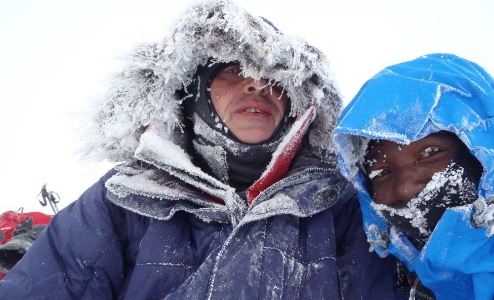Icy Sasha and Sibu