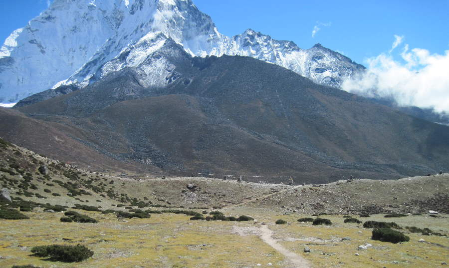 Approaching chortens above Dingboche