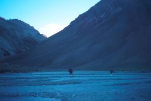Crossing to Relinchos Valley